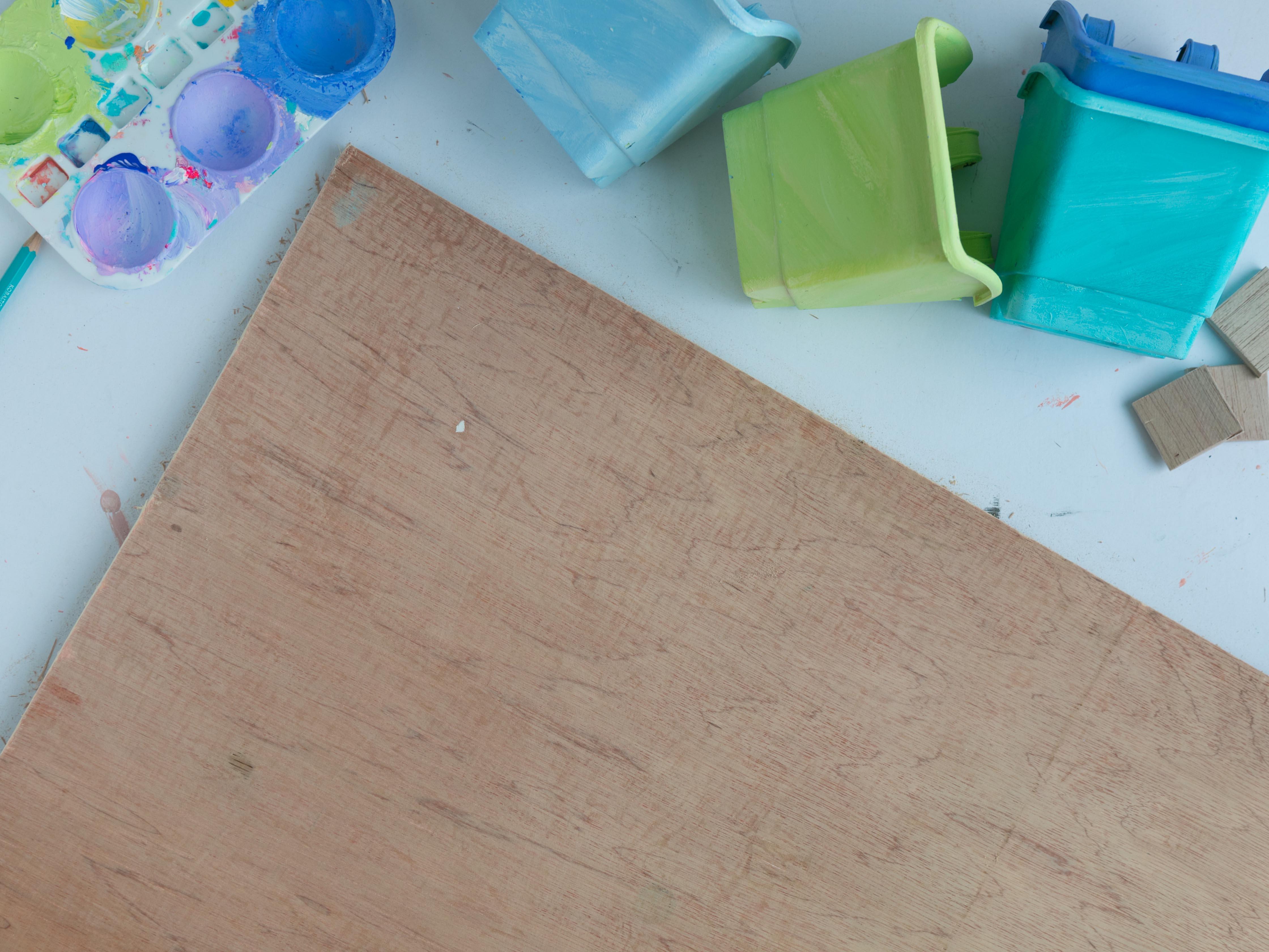 DIY Chalkboard and Craft Organizer Sand1