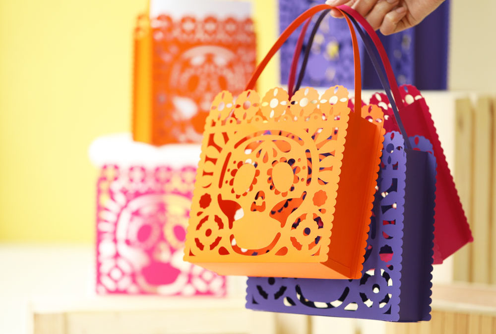 Cricut Project: DIY Dia De Muertos Loot Bag